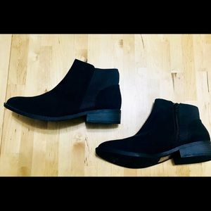 Size 6 Qupid ankle boots